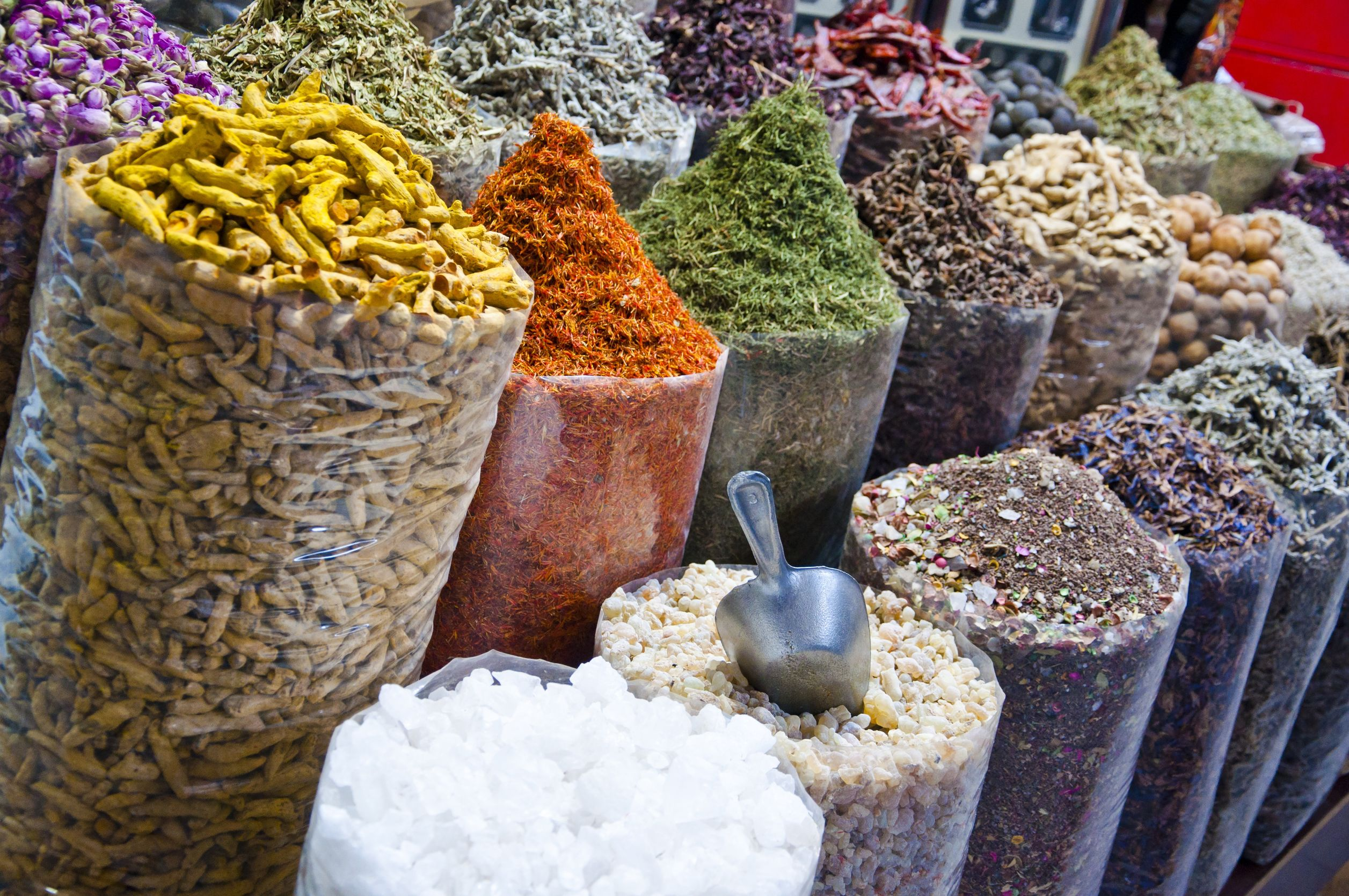 FTG-Various-sorts-of-spice-sold-at-the-souk-in-Dubai-UAE